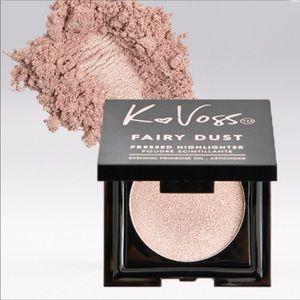 🎁NIB KVoss Fairy dust highlighter in Moonlight.